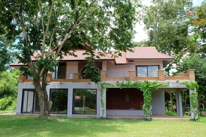 Beautiful land with house resort style, Doi saket, Chiang Mai