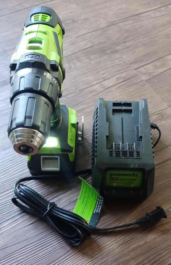 GREENWORKS 24V IMPACT DRIVER AND DRILL