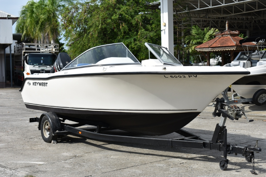 Key West 203DFS, w/Suzuki 140hp 4 strokes 2015 w/trailer & Bimini Incl