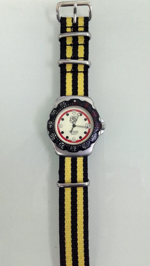 Genuine Rare 1989 Tag Heuer Formula 1 Yellow Lume Dial Sports Watch