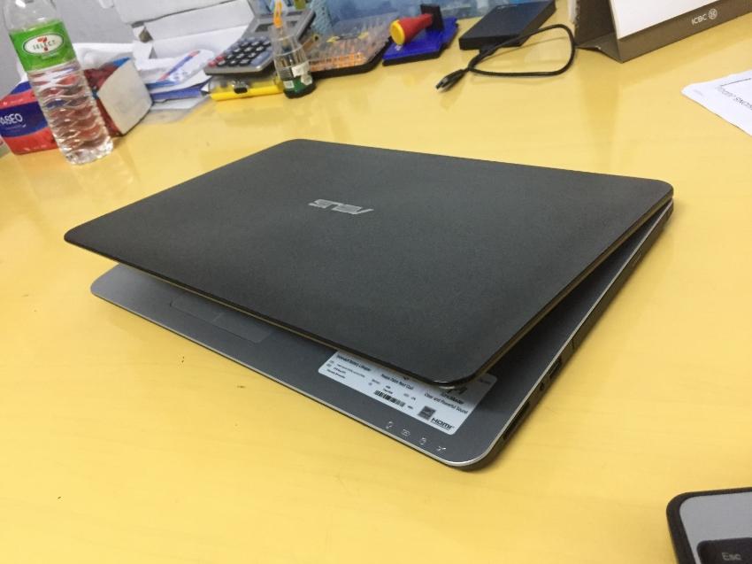 ASUS X555L(5th gen i5.2.20ghz,8gb ram,1TB HDD,Nvidia gf 2gb Graphics,1