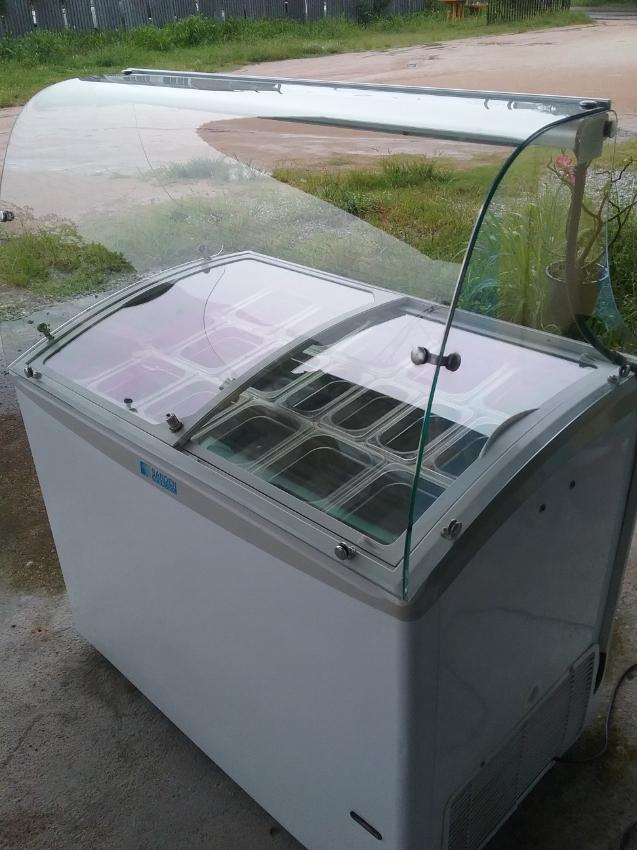 Topping/Icecream freezer