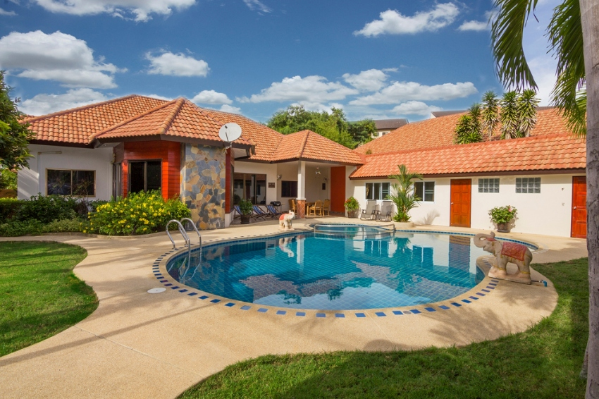Villa Pattaya Hill with private pool, 12 people