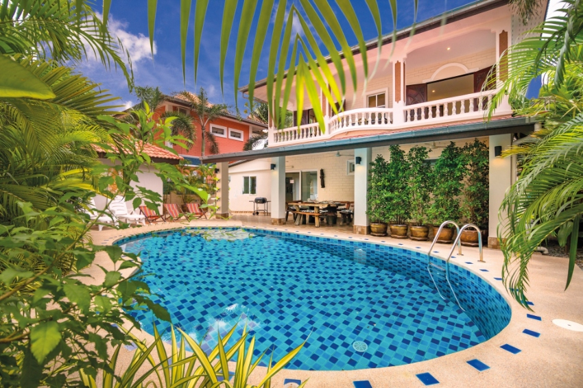 6 bedroom Villa Waree with private pool