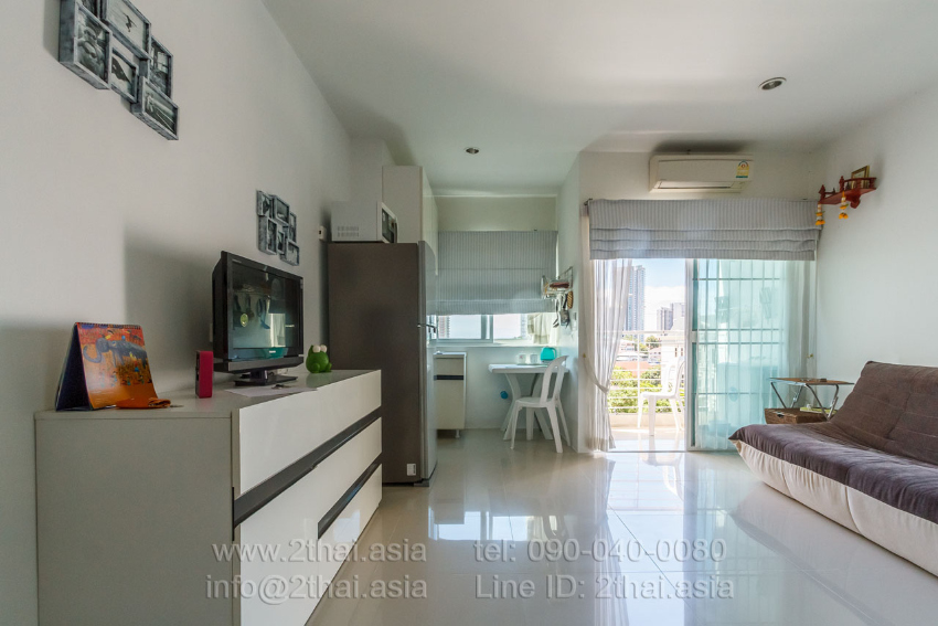 Studio for sale in AD Condominium Wongamat