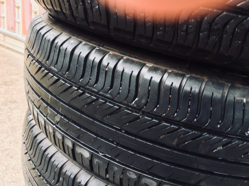 4 car Tyres for sale .Michelin 175/65 R15 Excellent Condition