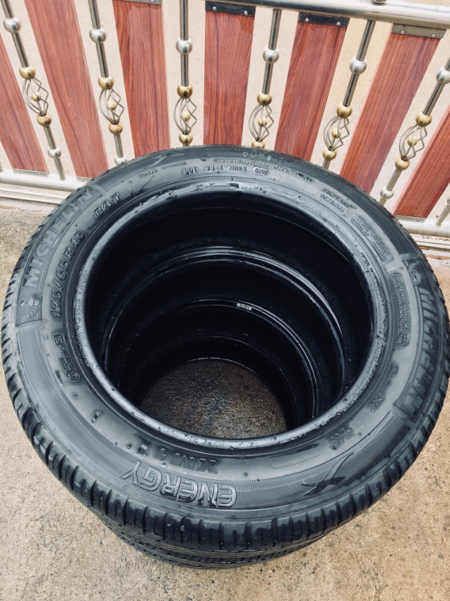4 car tyres for sale michelin 175 65 r15 excellent condition cars parts accessories. Black Bedroom Furniture Sets. Home Design Ideas