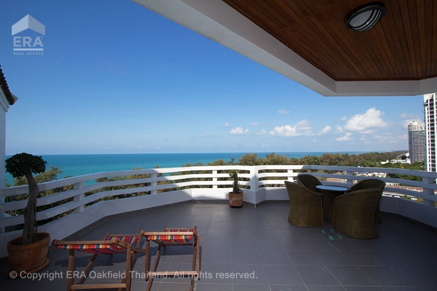 Dream condo with one of the best terraces in Rayong!