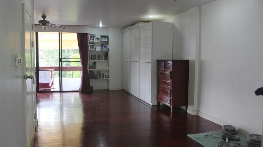 Townhouse in Moo Ban Home Place, Sukhumvit 71, Bangkok 4Bed 4Bath
