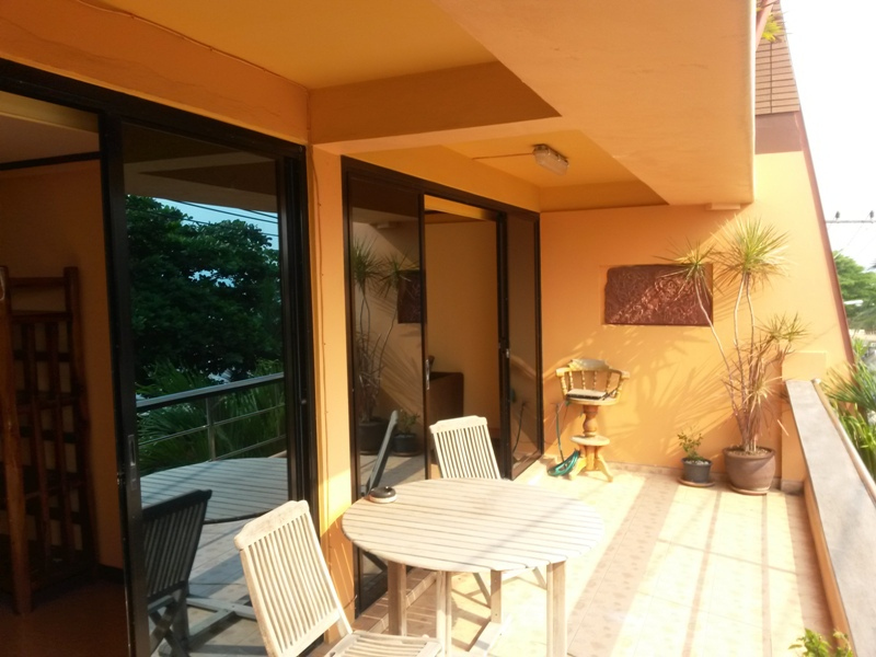 Apartments 20 meters away from Beach, Small Boutiique 3 Unit Building