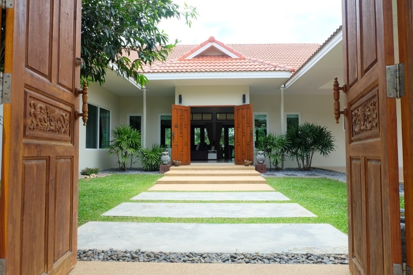 Huay Yai Private house -Land 980 Sqm for sale