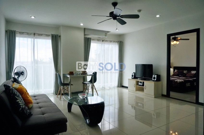 SIAM ORIENTAL | Spacious 1 Bedroom For Rent (Pratumnak Hill, Pattaya)