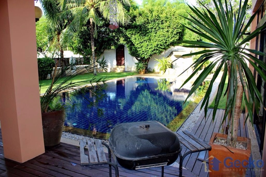 Beautiful Tranquil 3 Bed Home Large Pool Amp Gardens