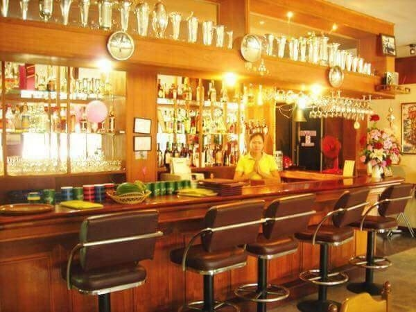 Restaurant for Rent in a Hotel Complex at Thap Phraya Rd