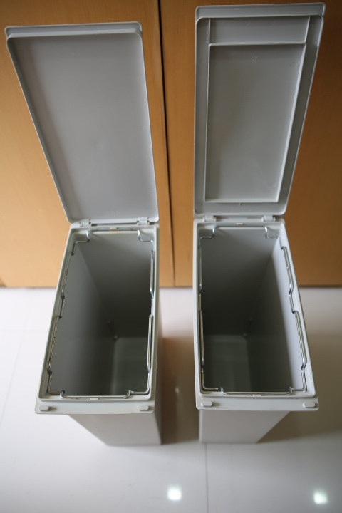 Muji Laundry hamper / dust bins with bag hanging clamps 400 baht each