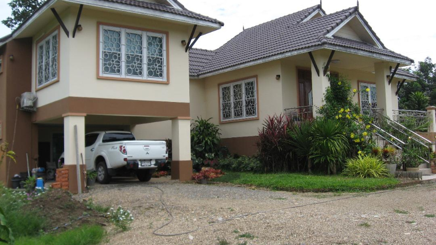 Beautiful house for sale close to Chiang Mai