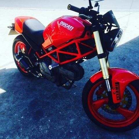 Ducati Monster 400cc Classic