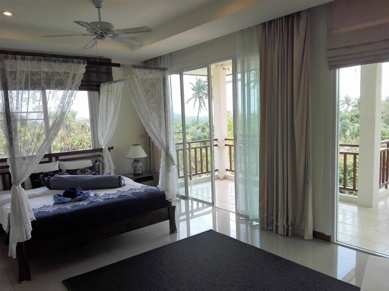 Fully Furnished Sea View 3 BR 3 Bath Pool Villa