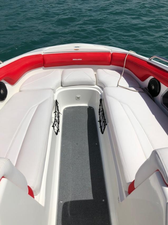 Immaculate 510HP Twin Jet engine Wake Boat