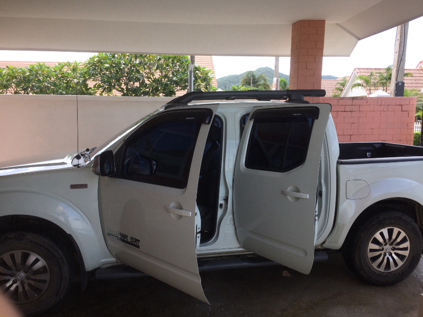 Car for sale(pick up)