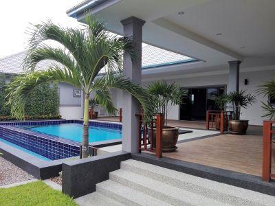 Hot! Hot! Hot! Executive 3 BR 4 Bath Pool Villa in Cha-a Town Center