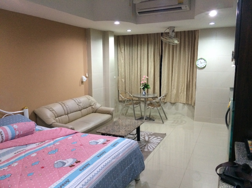 Center condo , fully furnished and ranovated