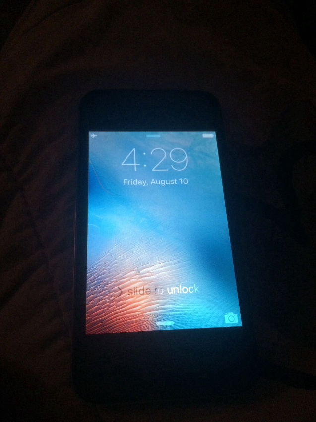 iPhone 4 32GB with new battery