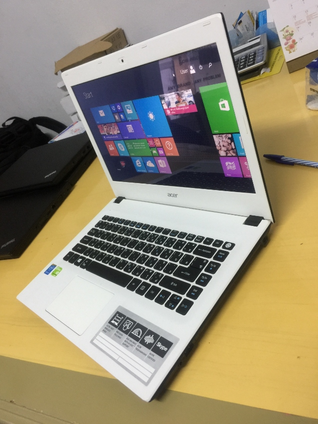 Acer Aspire E5-473G(5th gen,i5 2.20,8gbram,1000gb hdd,14