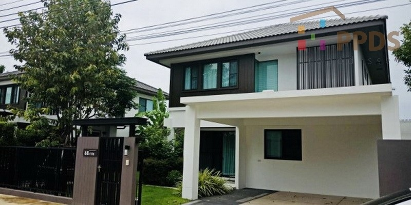 Superb 4 bedrooms house for rent and sale at Mantana Bangna KM. 7