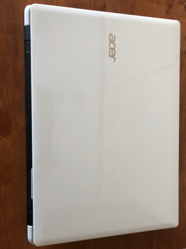 ACER i3 Notebook with 12GB RAM and 1TB HDD