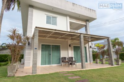 Pool view villa for sale in Mae Phim Ocean Bay