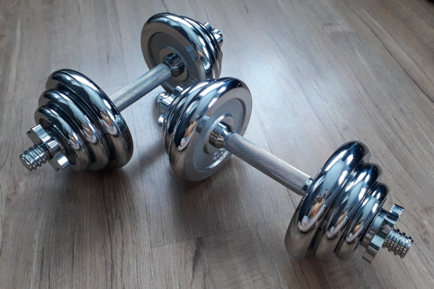 Adjustable 20KG Chrome Silver Dumbbell Weight Set