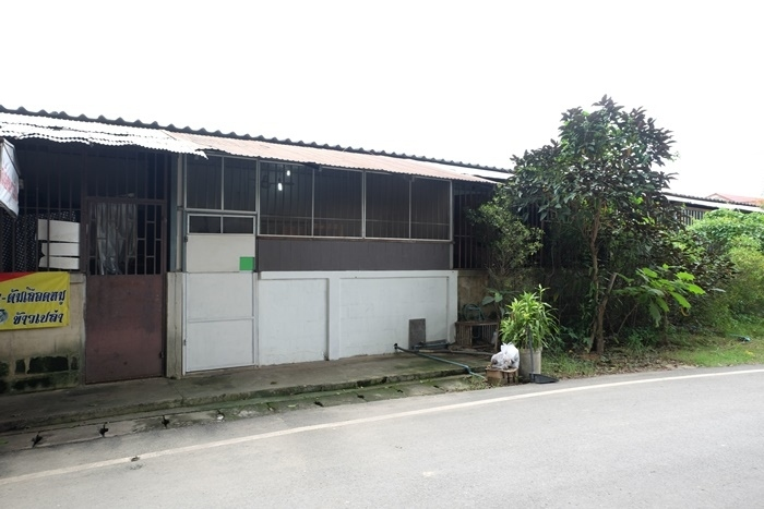 Land with room for sale near Meechok, Chiang Mai