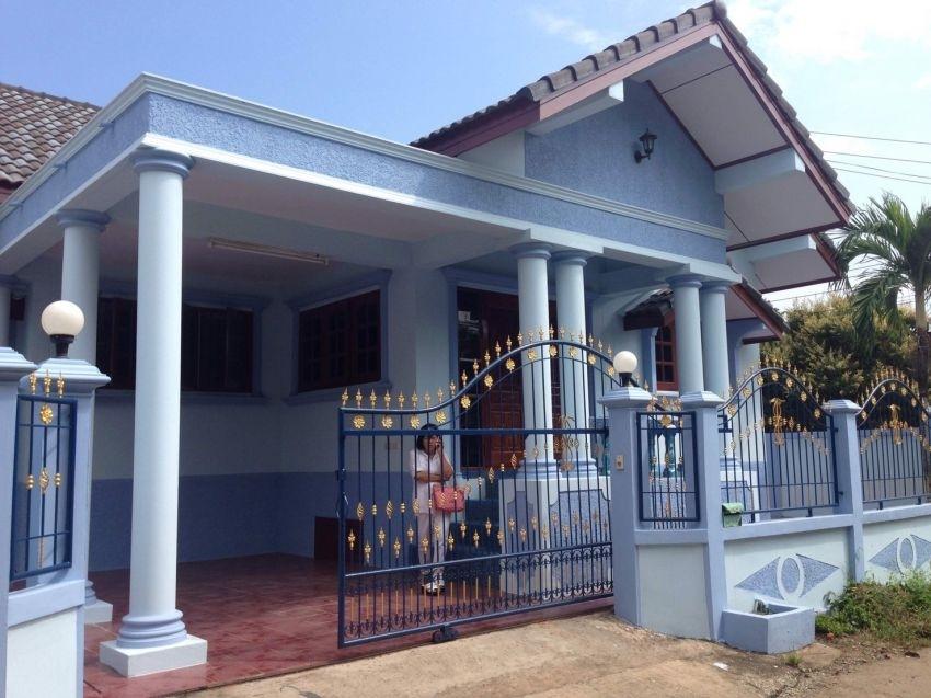 house is not far from Sukhumvit Bangsaray