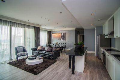The Emporio Place Sukhumvit 24, top floor 3 Bed Luxury Penthouse Sale
