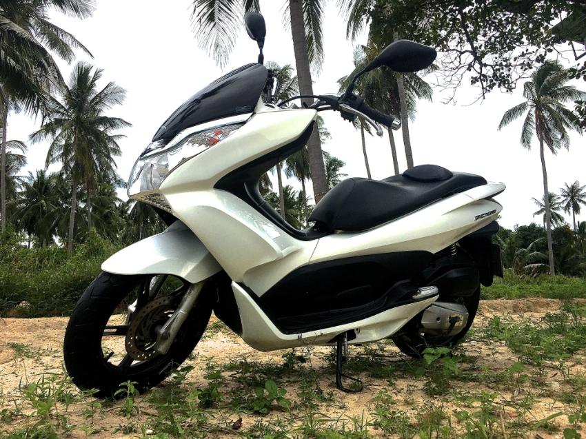 Honda PCX 150 for salle
