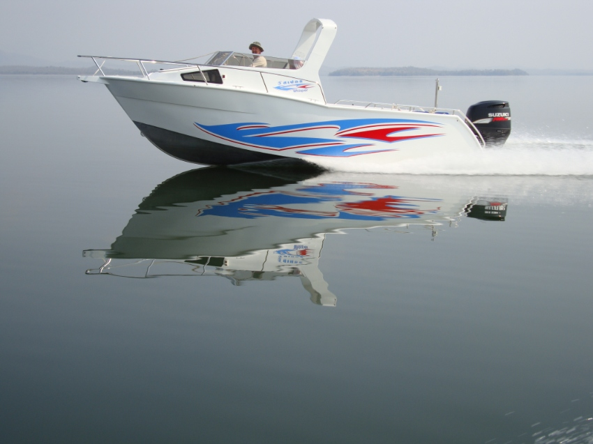 Aluminium Speed Boat  1,200,000 Tb