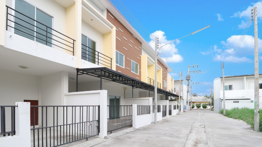 Resale 3 bedroom Townhome for sale in Hua Hin