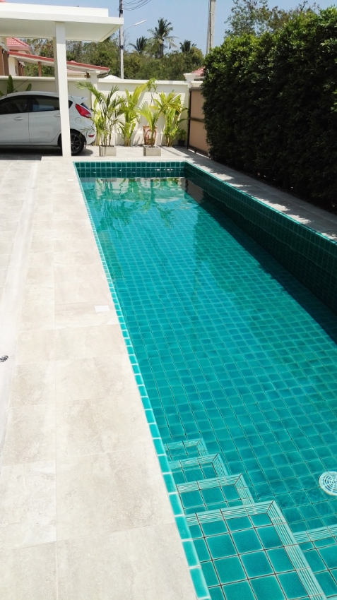 Top new beautiful Pool Villa near Town
