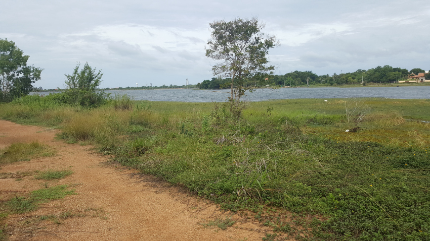 Absolute Lake Front Land For Sale  -  Nong Prue / Huay Yai