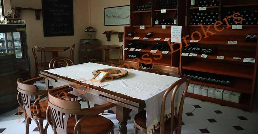 1205010 Long Established Traditional French Restaurant for Sale