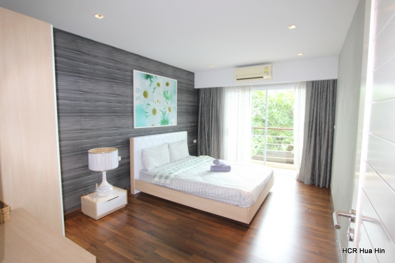 Penthouse Beach Front North Hua Hin Sale