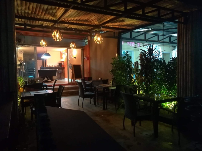 Restaurant, Hua Hin Soi 102