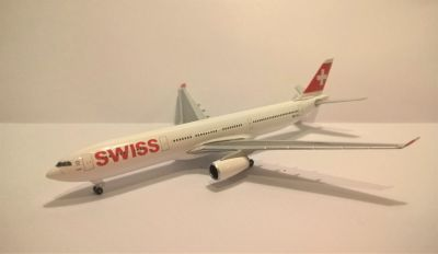 Swiss Air A330-300 By Herpa (Scale 1:500) with Original box