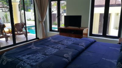 Palm grove pool villa