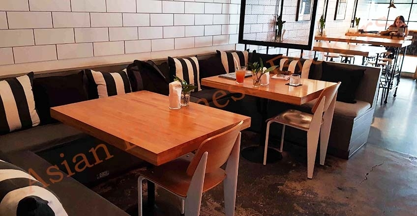 0109001 Modern Cafe Located in the CBD of Bangkok for Sale and Rent