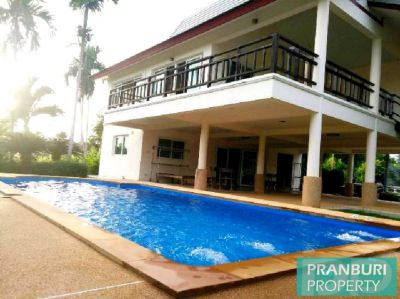 Finance available on this 4 bedroom pool villa overlooking lake Cha Am