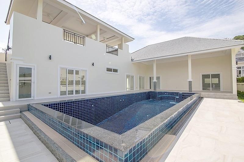 New 3 BR 3 Bath Pool Villa Near Khao Takiab Beach