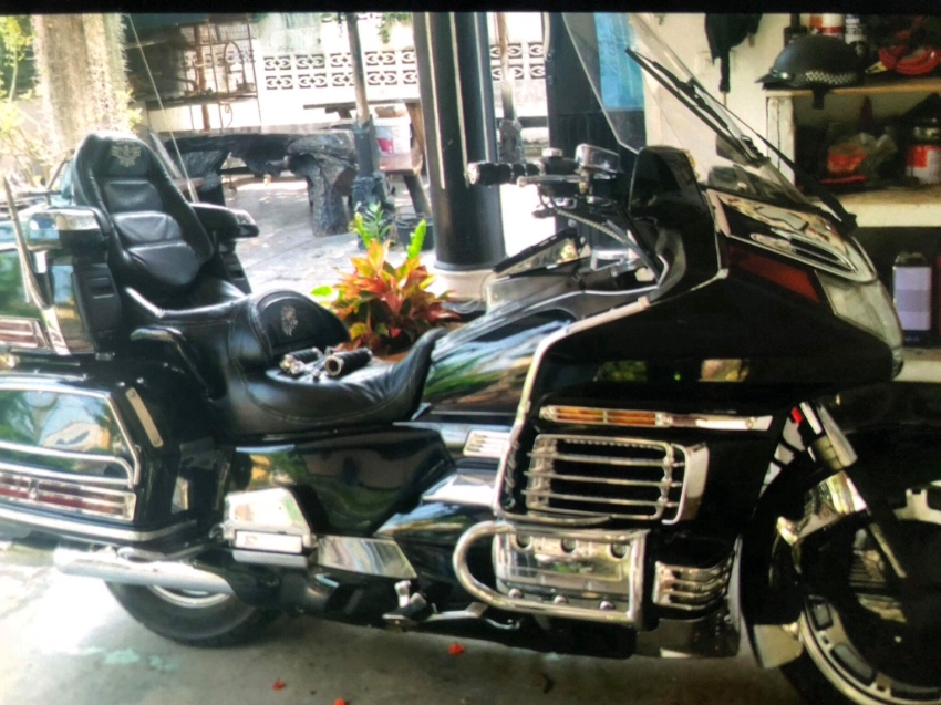 Honda Goldwing 1500cc, 2002, 70k miles, great cond completely rebuild