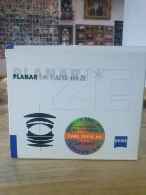 ZEISS  PLANAR 1,4/50mmZE  NEW